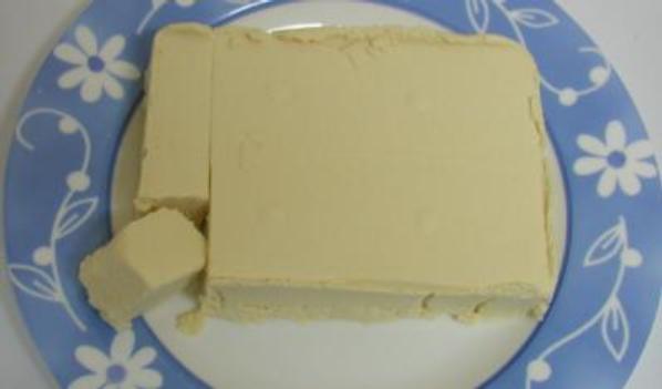 http://www.leitedesoja.com/images/articles/910-tofu%20caseiro%203.jpg